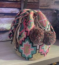 Load image into Gallery viewer, Piache Pink Mochila