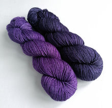 Load image into Gallery viewer, Purples on superwash BFL/Cashmere/Silk DK.