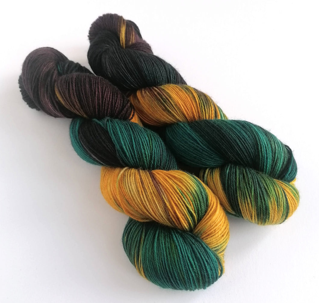 Mutiny on Superwash BFL/Nylon sock yarn.