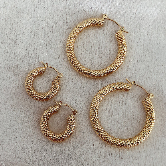 Barcelona textured Hoops