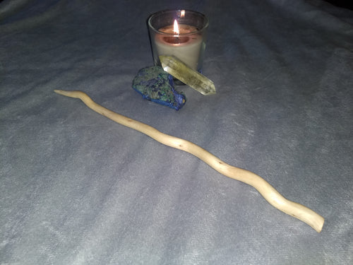 13 inch natural curly willow wood wand (Candle and crystal not included.)