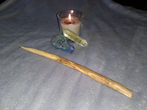 11.75 inch natural oak wand (Crystal and candle not included)