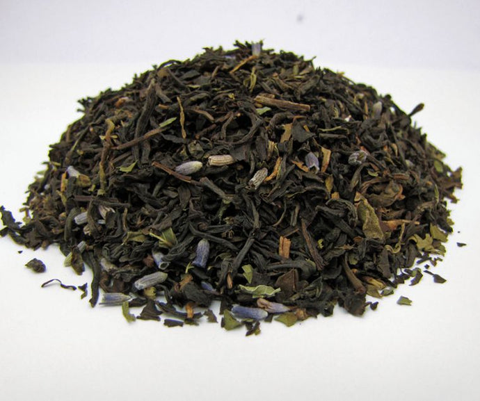 Loose leaf tea including: Black teas, spearmint, lavender flowers and vanilla flavor.