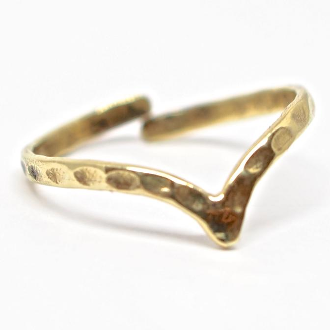 Chevron Midi Brass Ring - Saraswati