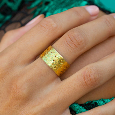 Vintage Gold Band Ring