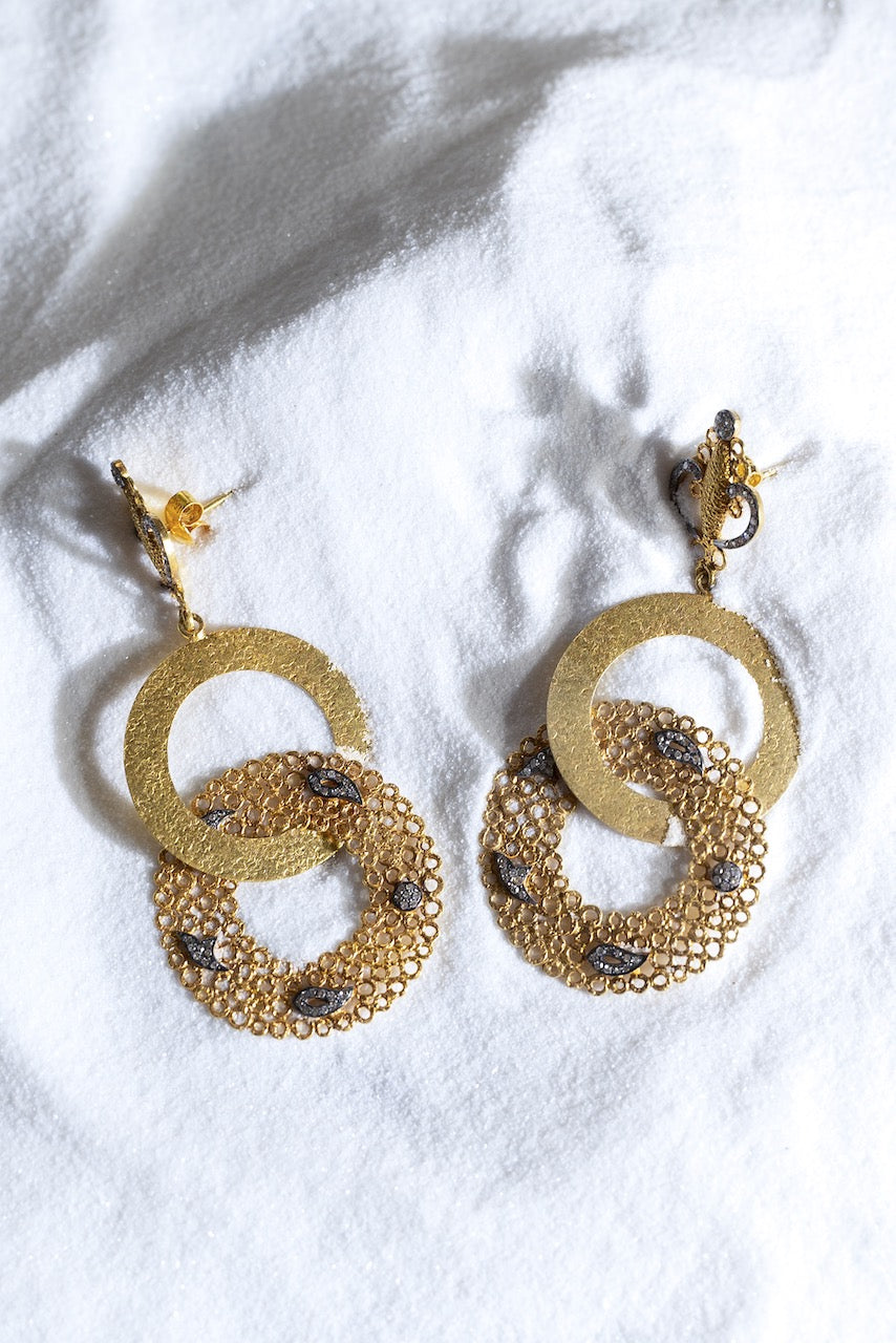 Hawa Infinity Earrings