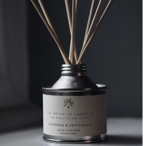 Botanical Candle Co lavender & Petitgrain