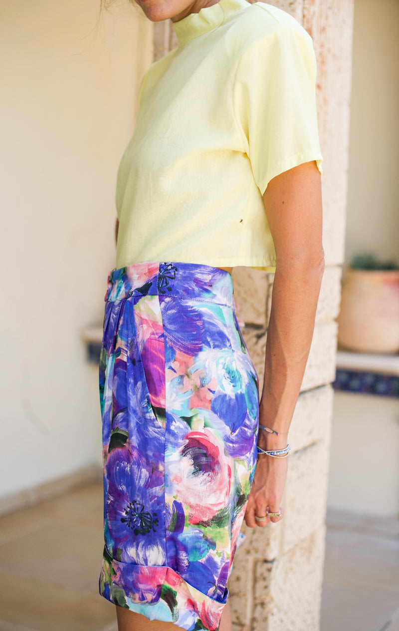 BARRE SHORT PANTS – Painted Flowers