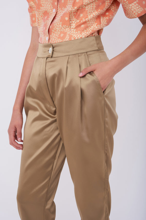 BARRE PANTS – Shiny Golden-Green