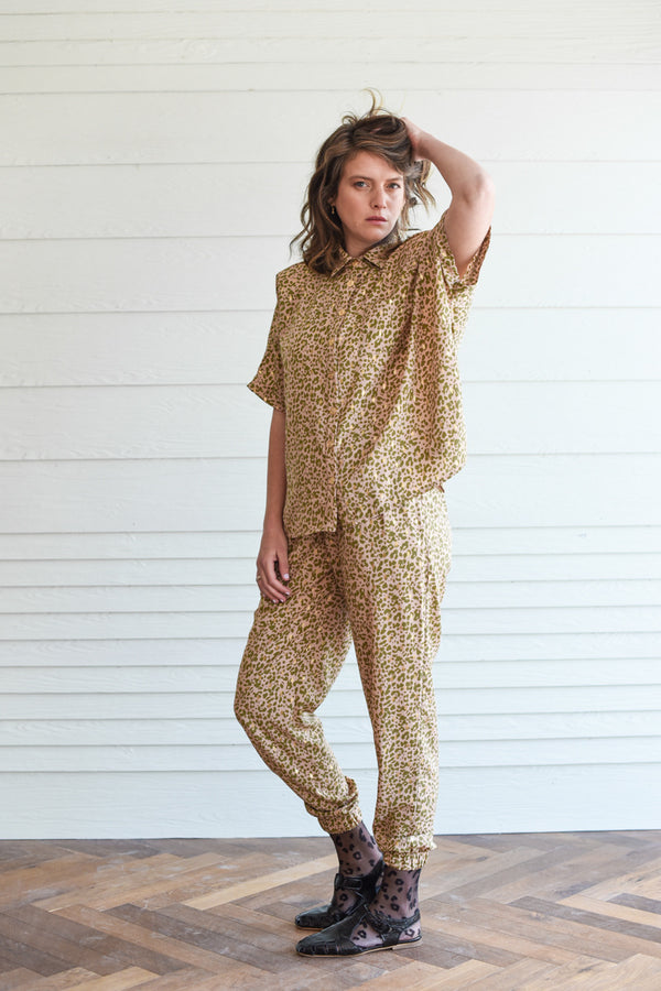 GOLDEN LEOPARD MYELIN OVERSHIRT