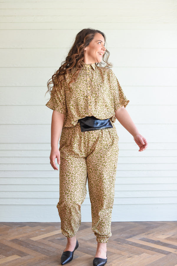 GOLDEN LEOPARD JOGGER BARRE PANTS