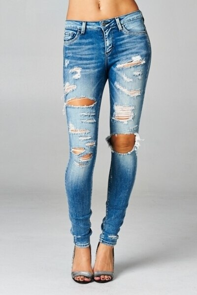 Ripped and Distressed It Up Skinny Jeans