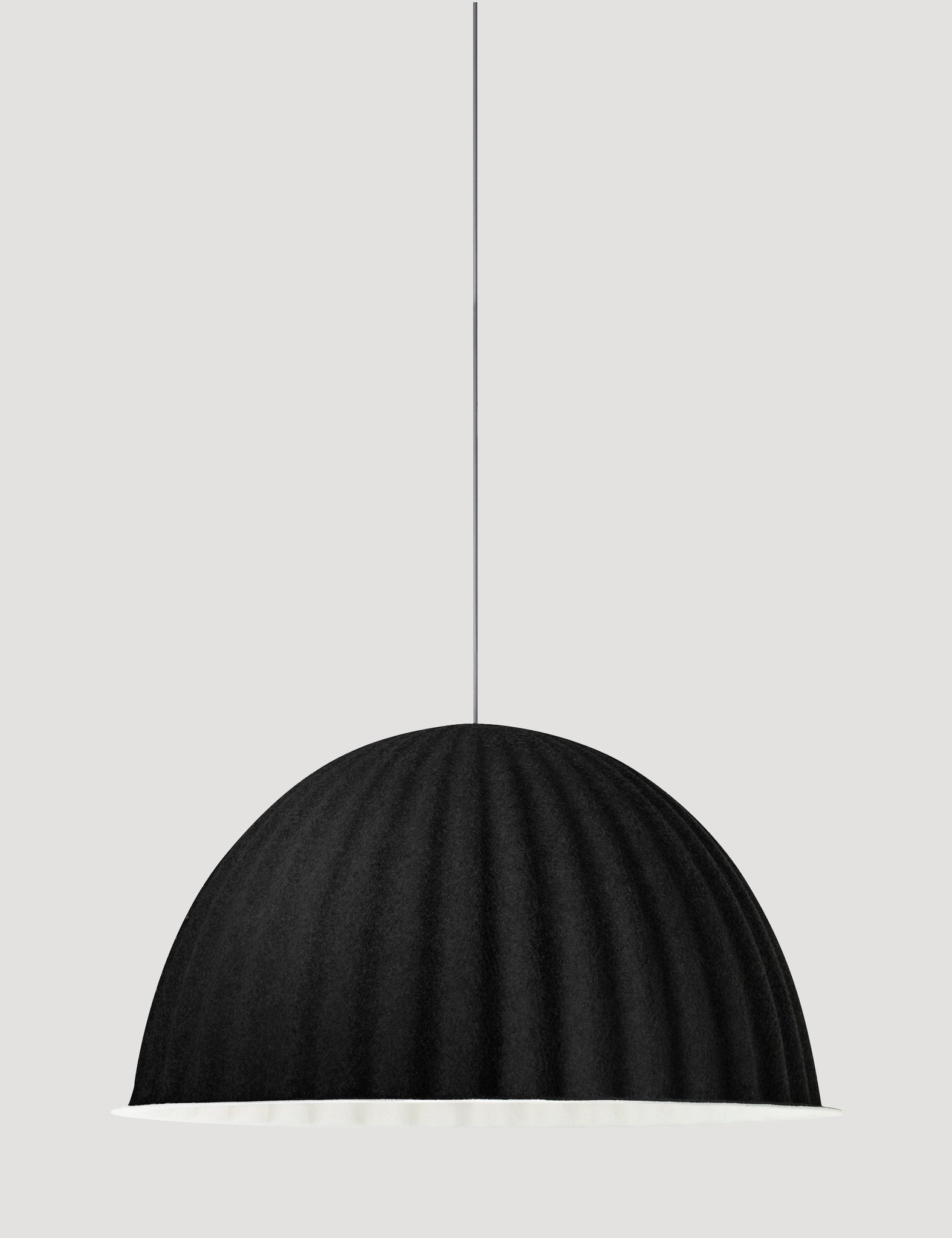 Under The Bell- Muuto | Designzoo | Czarna