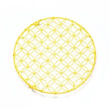 Load image into Gallery viewer, Nadiya Hussain Wire Cooing Rack - Round /Yellow