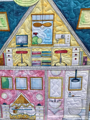 UF Finished Quilt Dolls House