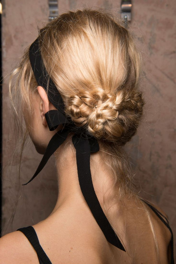 Hair styles to wear with your vintage outfit