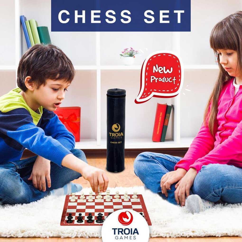 Troia Chess Set