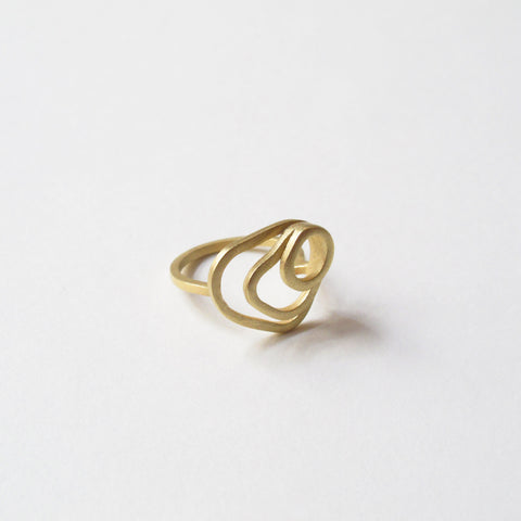 Golden modern ring, 18k gold, Sustainable jewelry, handcrafted, artisanal design