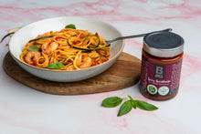 Lade das Bild in den Galerie-Viewer, Bay's Kitchen - Spicy Arrabbiata Sauce