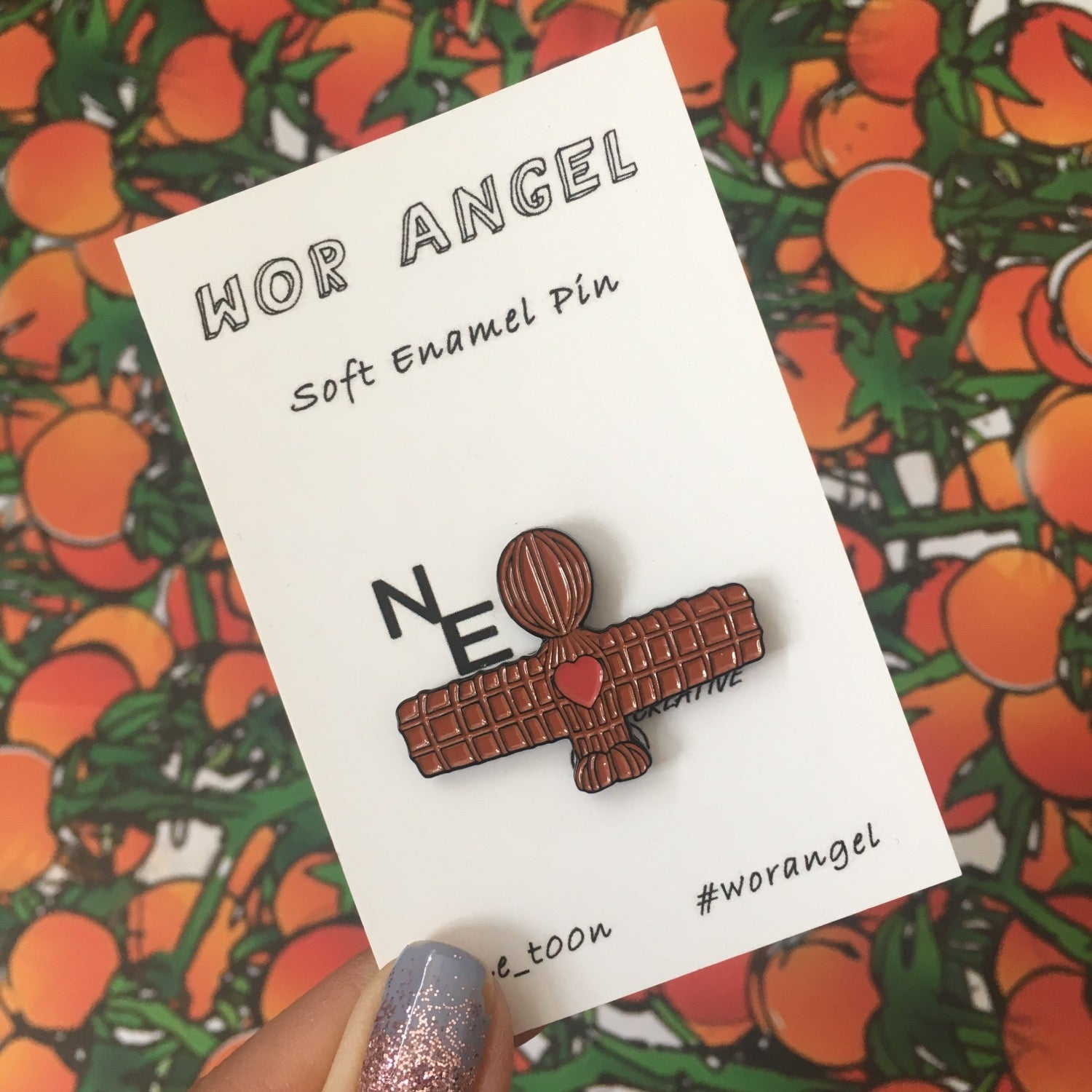 Wor Heart Angel pin badge