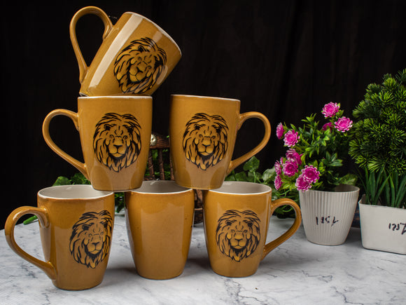 GOLDEN LION MILK MUG