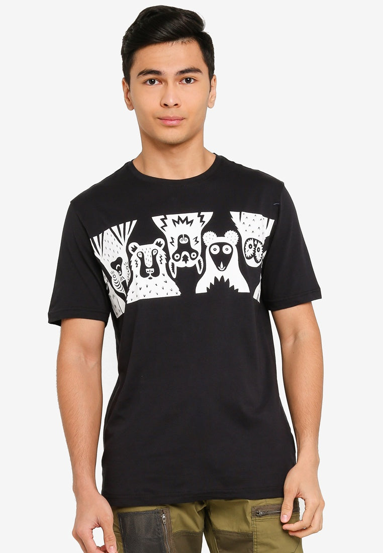 All Eyes On Me Animal Graphic Tee - UniqTee Tokyo Style