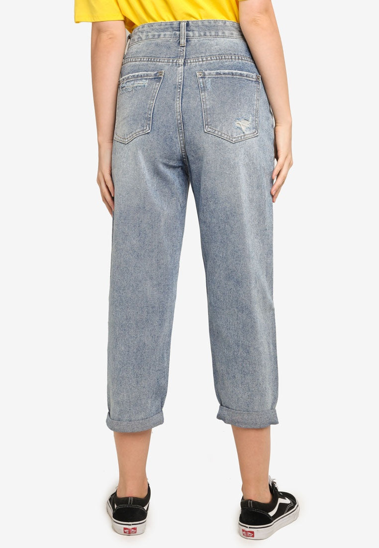 Ankle Crop Mom Jeans