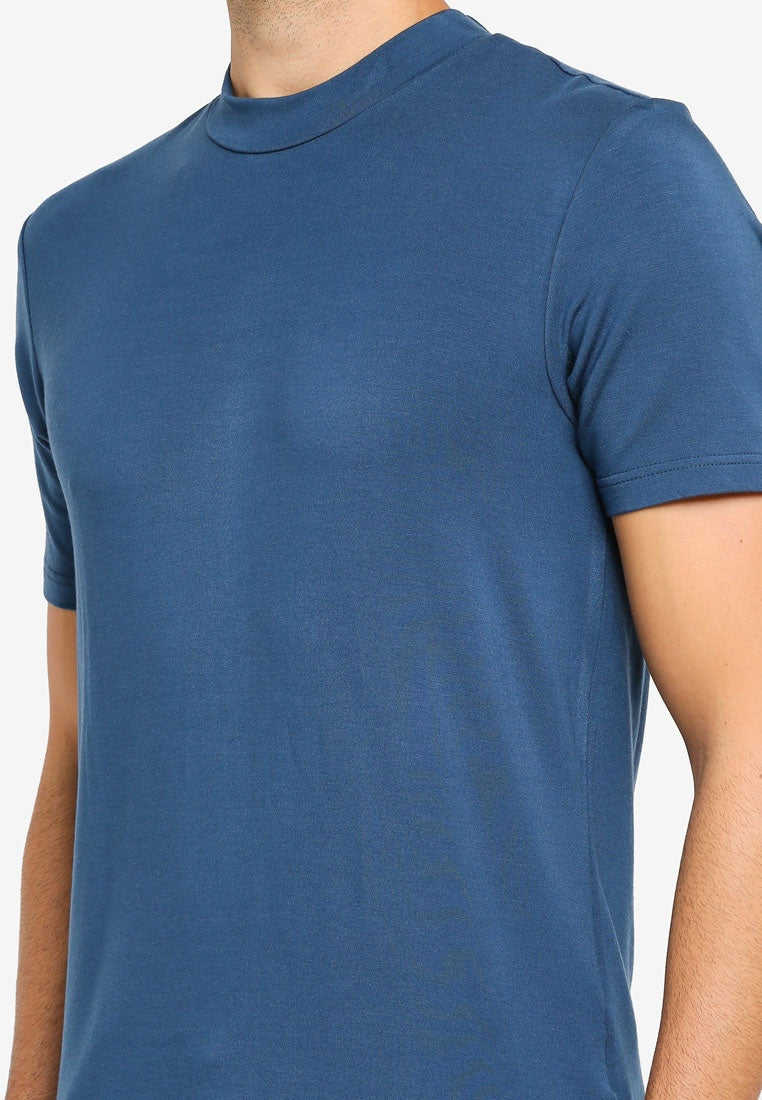 High Neck Slim Fit T-Shirt - UniqTee Tokyo Style