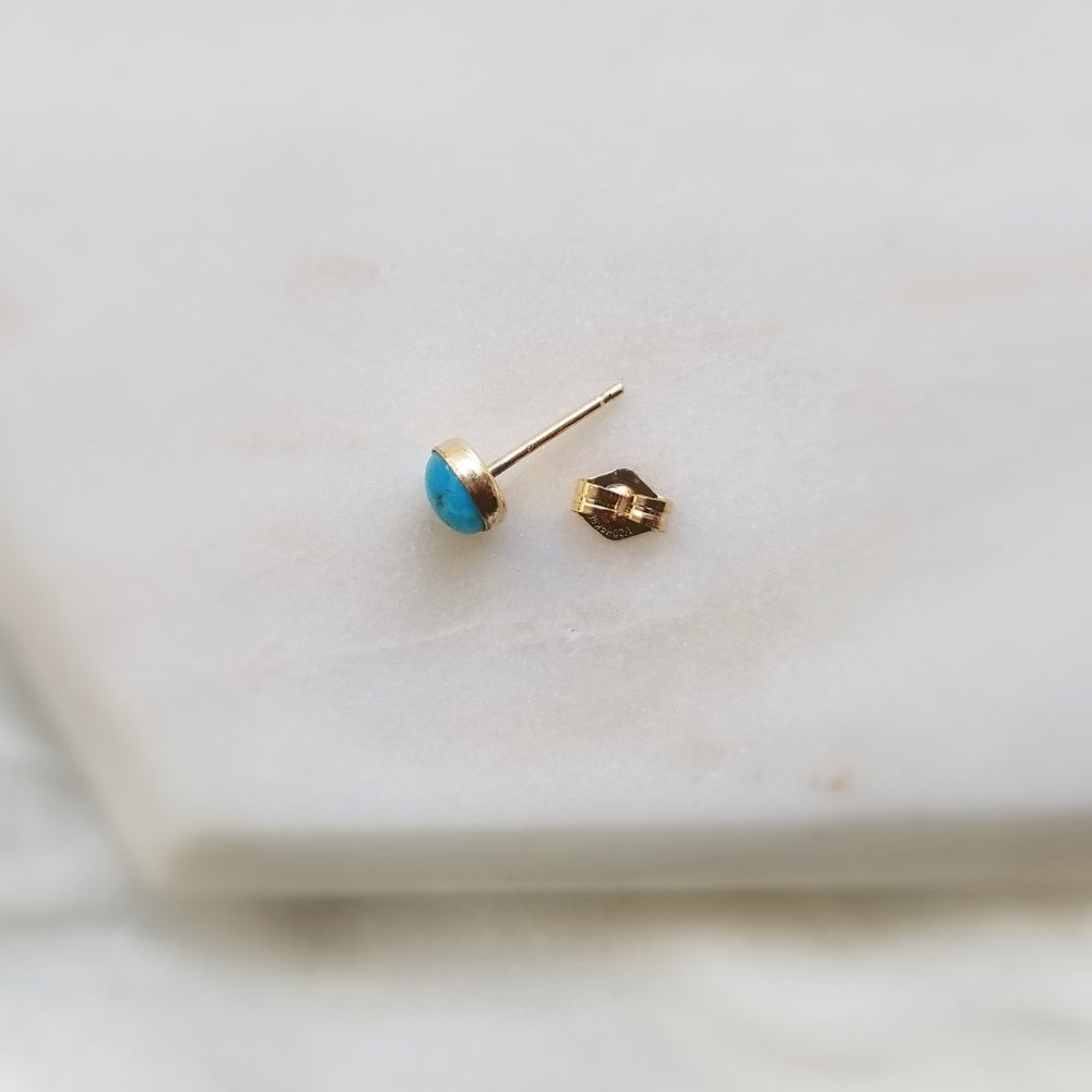 single turquoise stud