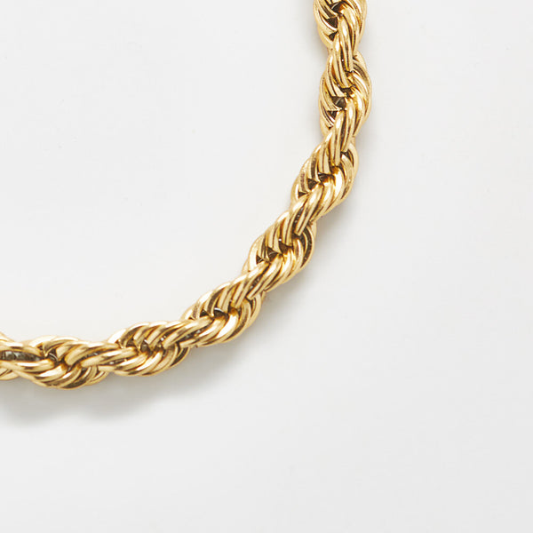 Gold Thick Rope Chain Bracelet Detail