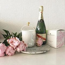 Load image into Gallery viewer, 470g Glass Candle (wholesale) - Champagne Peony-candles-Angel Aromatics