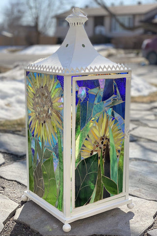 Cindy Laneville - Mosaic Artist Who likes Sunflowers!