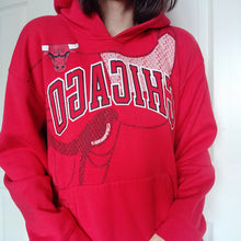 Load image into Gallery viewer, VINTAGE CHICAGO BULLS HOODIE
