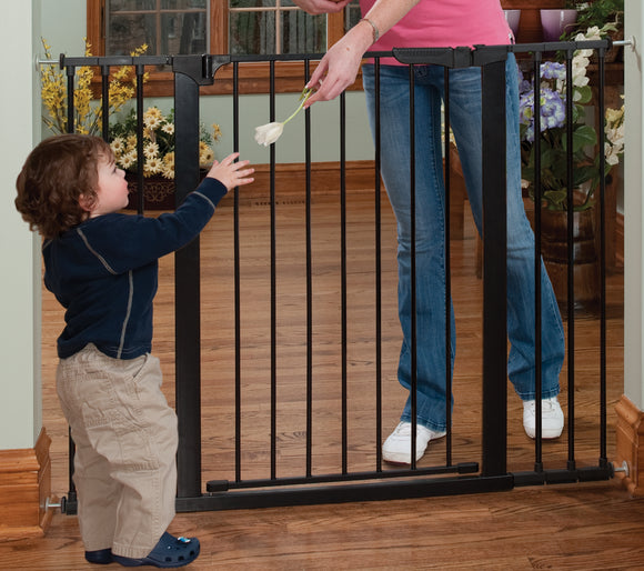Kidco Extra Tall & Wide Auto Close Gateway