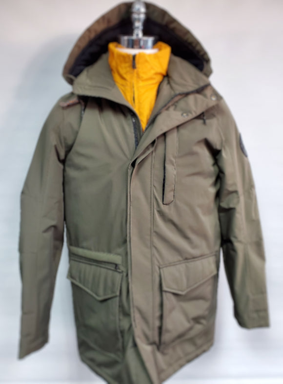 Winter Coat S4 German collection Boxing Day reg 450$ now 299.99$