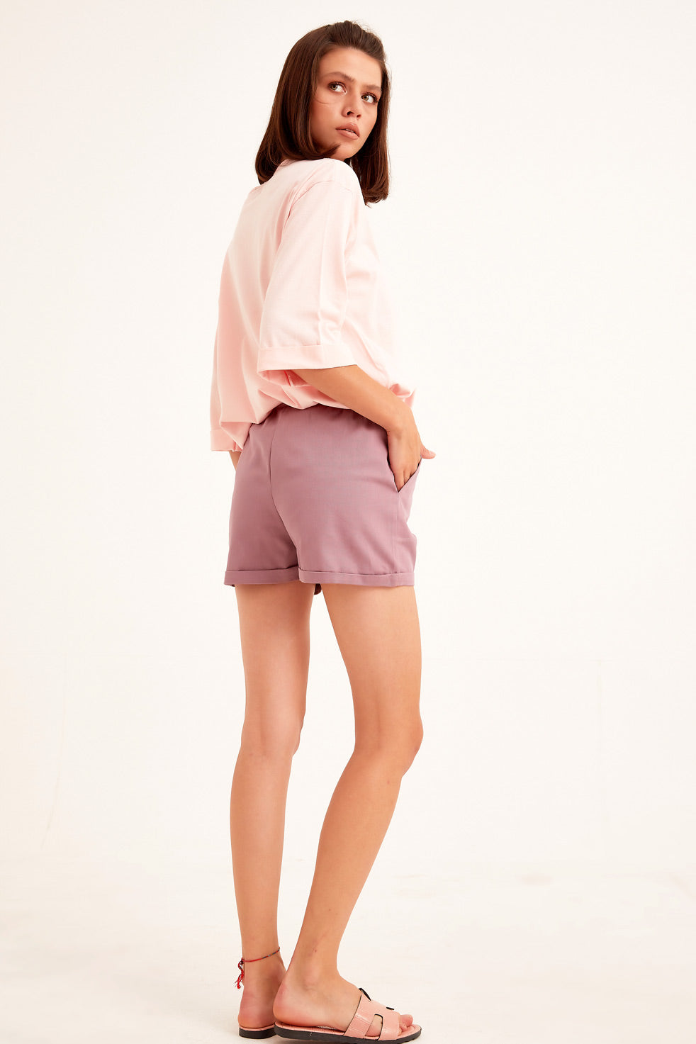Light-damson Gabardine Shorts with Side Pocket.