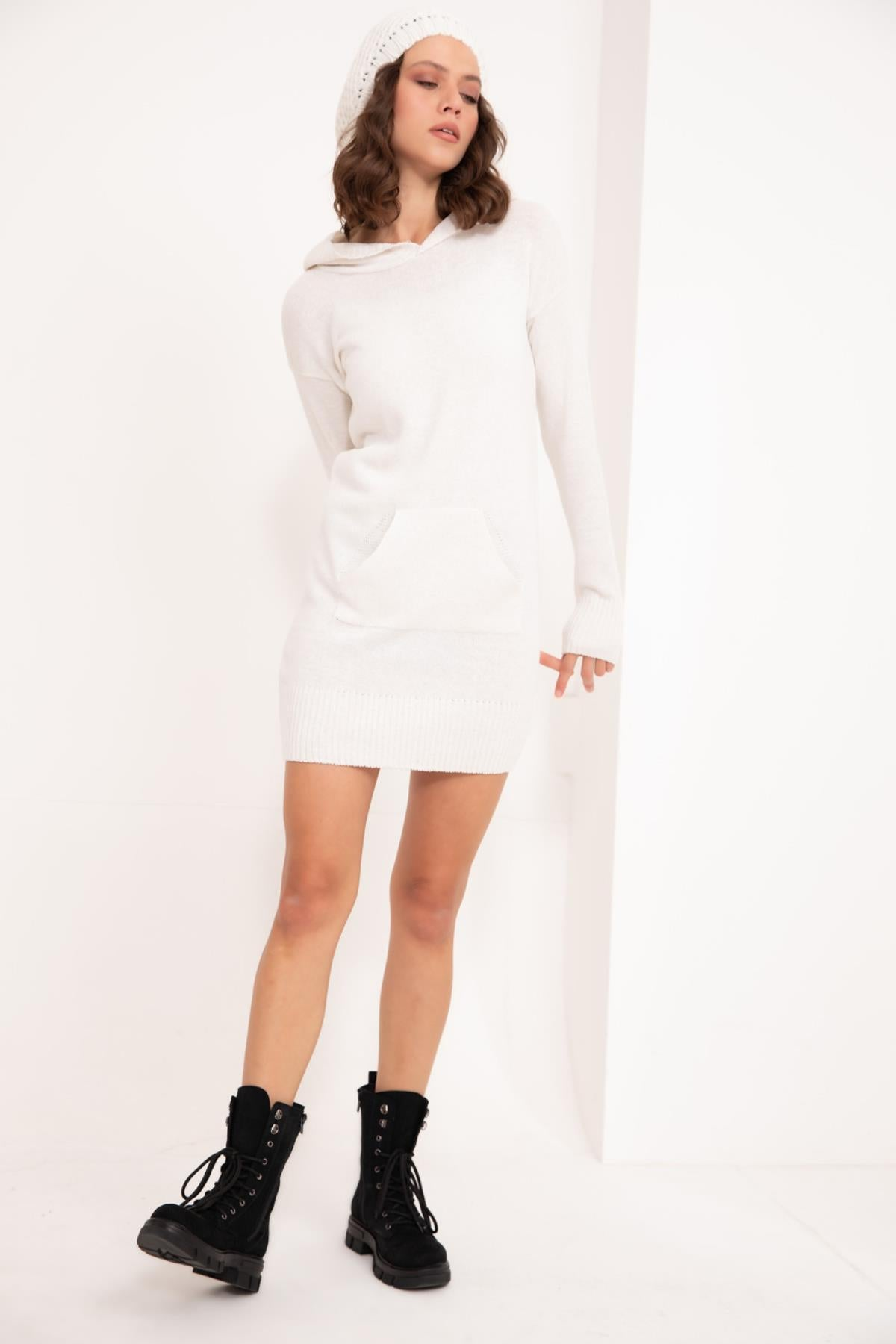 White Hooded Knitwear Tunic