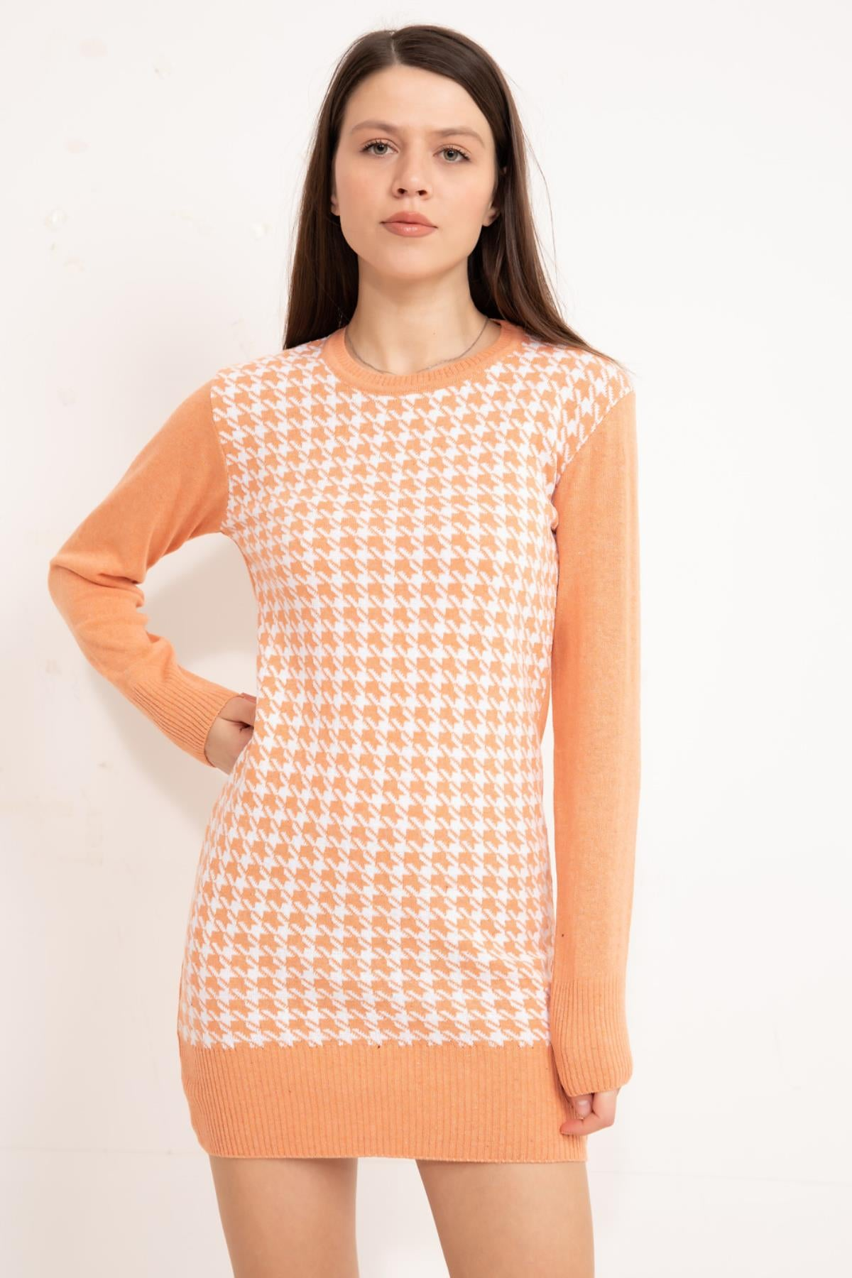 Somon Front patterned knitwear tunic.