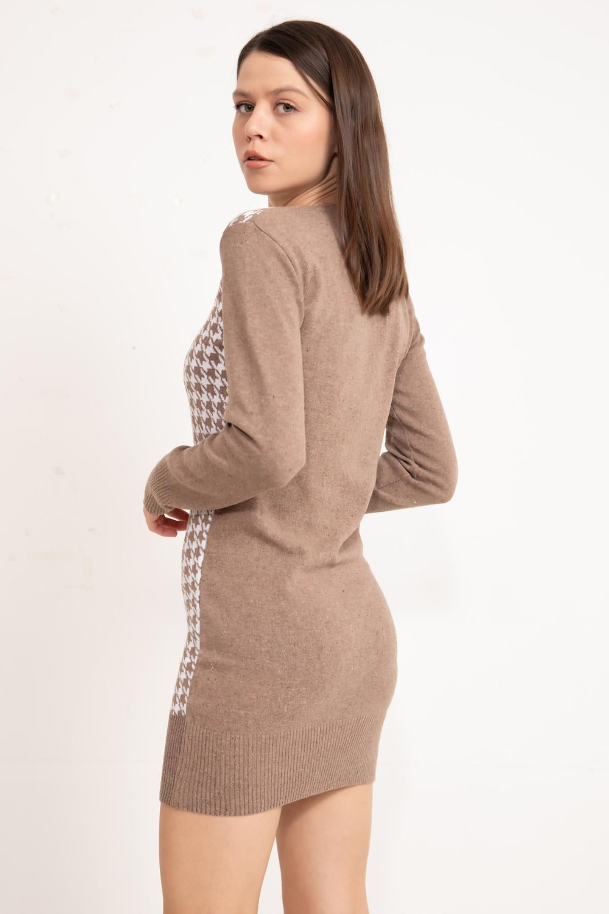 Vizon Front patterned knitwear tunic.