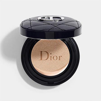 DIOR FOREVER COUTURE PERFECT CUSHION ~ 24h wear* high perfection - luminous matte finish - skin-caring fresh foundation - 24h hydration** - spf 35 - pa+++ * instrumental test on 20 women. ** instrumental test on 11 women.