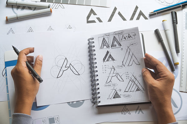 9 Key Tips to Design a Logo on Digital Era