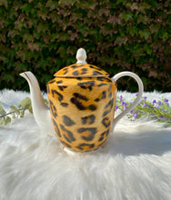 Load image into Gallery viewer, Leopard Grace Tea Ware