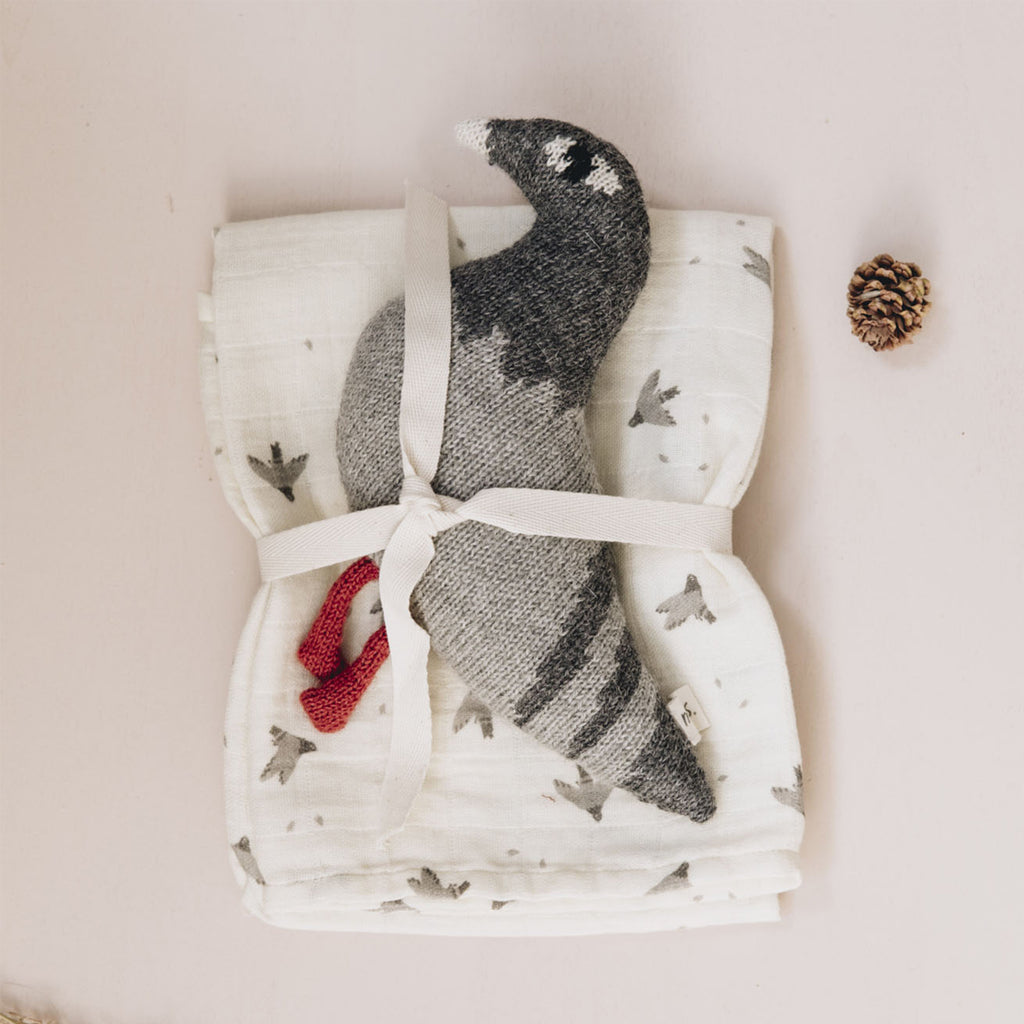 usa main sauvage muslin cloth pigeons and knit toy alpaca wool