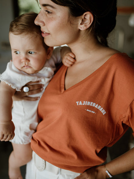 usa tajine banane terracotta nursing t-shirt breastfeeding mother and baby palmandmilk