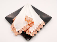 Load image into Gallery viewer, Medley cocktail napkins(Peach), set of 2