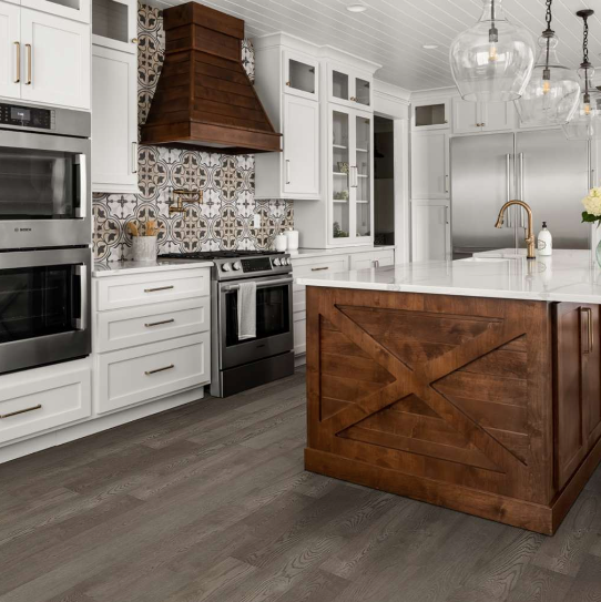 Shaw Floors - Couture Oak Collection - Chateau