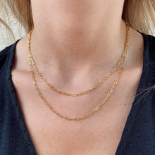 Load image into Gallery viewer, paperclip necklace