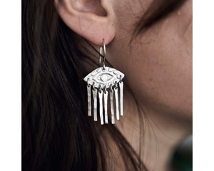 Fringed Eyes earrings -Silver