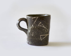 Mug with Bow pattern by Scott Brough