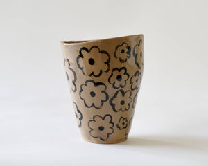 Marg and Leanne Culy colab plant pot- Daisy